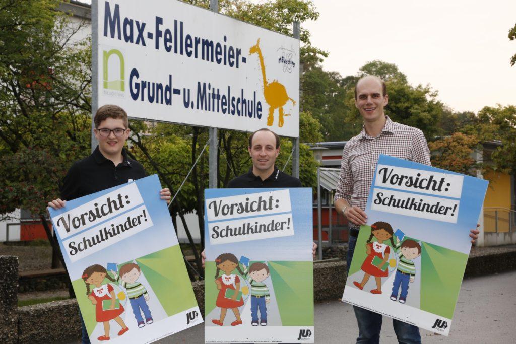 """""""Vorsicht Schulkinder"""" mahnt die Junge Union Neuötting"""